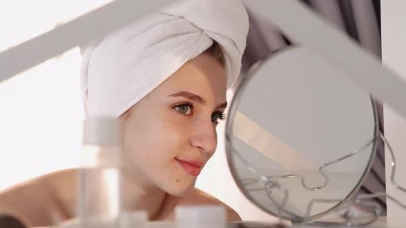 Facial Procedure Skin Health Woman Face Mirror