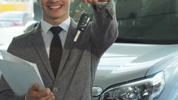 Thumbnail for A Representative Seller Holds the Keys To a New Car