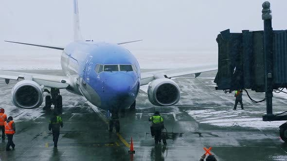Thumbnail for Airplane in Heavy Snow at Ushuaia Airport.