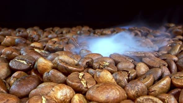 Kaffeebohnen Und Rauch