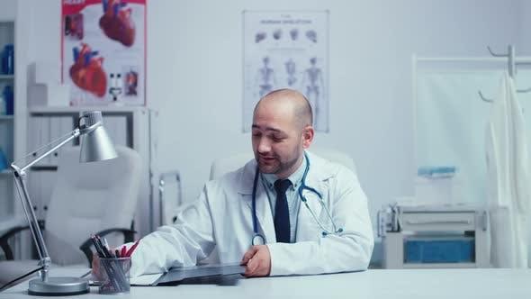 Medizinische Online-Beratung von Arzt