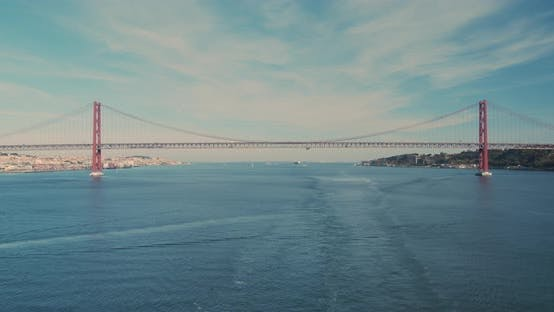 Timelapse Famous 25Th of April Bridge in Lisbon, Portugal