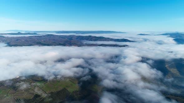 Thumbnail for Zurück über die Wolken