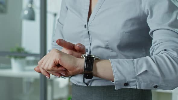 Thumbnail for Helpful Smartwatches for Business