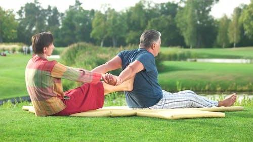 Thai Massage Backbend