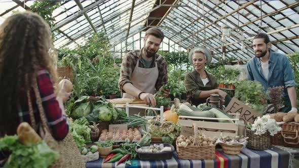 Cover Image for Buying Fresh Produce