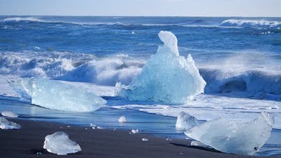 Icebergs at Ice Ocean