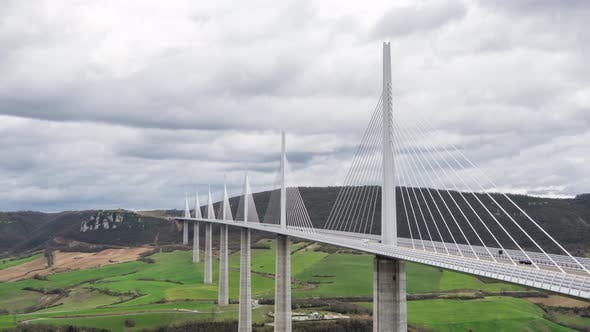Cover Image for Timelapse at the Millau Viaduct
