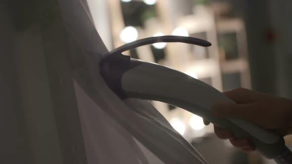 Thumbnail for Using Handheld Steamer