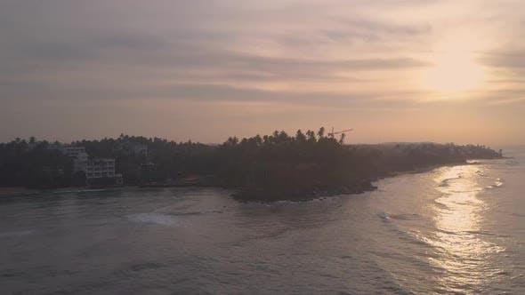 Thumbnail for Tropical Resort an der Küste am Morgen Panoramablick