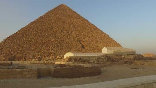 Great pyramid of Khufu at Giza, Egypt