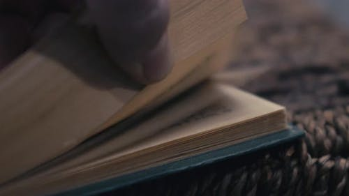 Cinemagraph - Seamless Loop Flipping Pages.