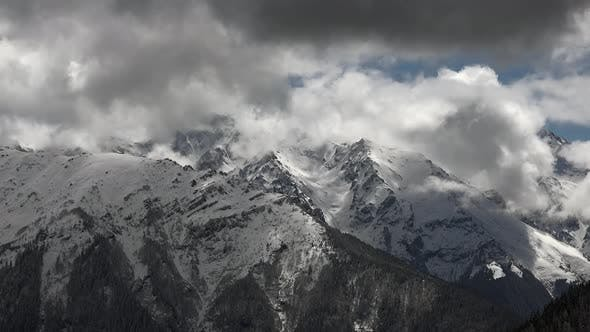 Cover Image for Gloomy Mountain Summit
