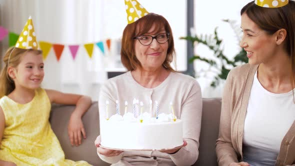 Cover Image for Mother, Daughter, Grandmother with Birthday Cake