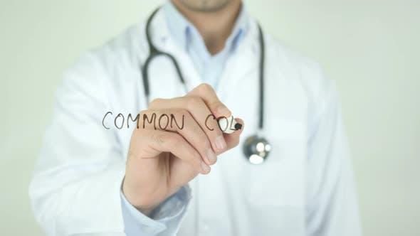 Thumbnail for Erkältung, Doktor Schreiben auf transparentem Bildschirm