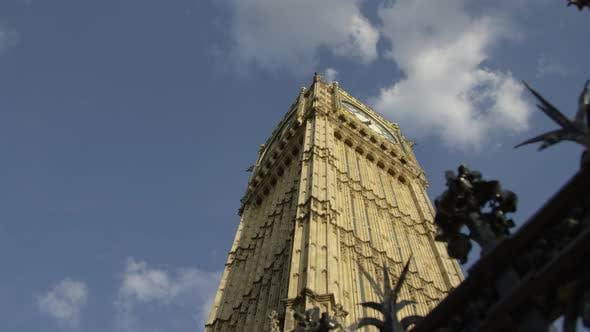 Thumbnail for Angle bas du Big Ben