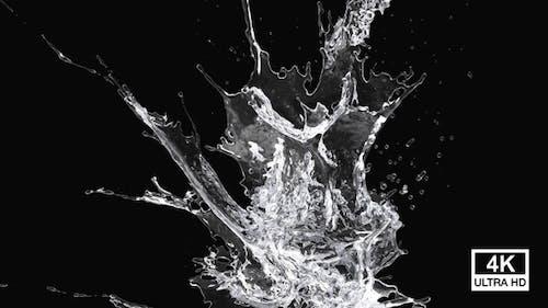 Purified Water Splash 4K