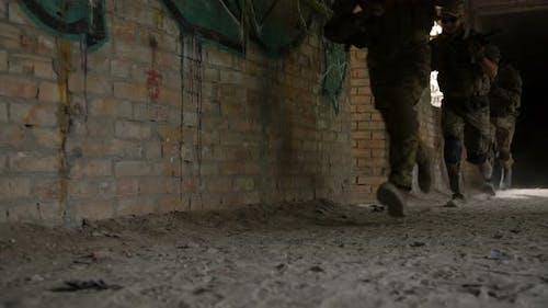 Army Rangers in Aktion im Battlefield-Bereich