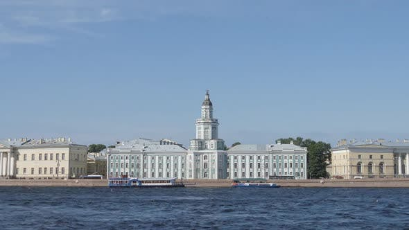 Time-lapse of The Kunstkamera and the Neva river - St. Petersburg, Russia