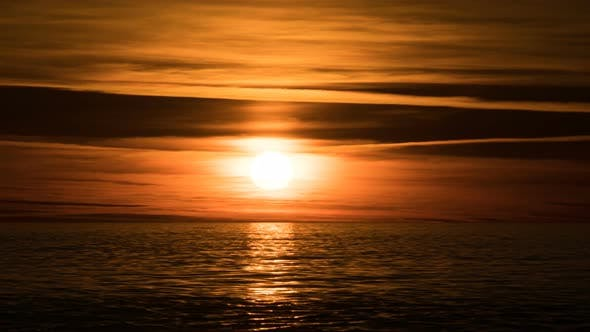 Thumbnail for Beautiful Sunset Over the Sea. Time Lapse
