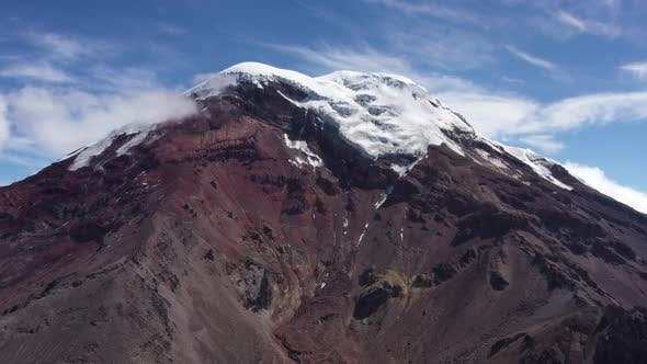 Thumbnail for The chimborazo in Ecuador slowly moving closer to the peak
