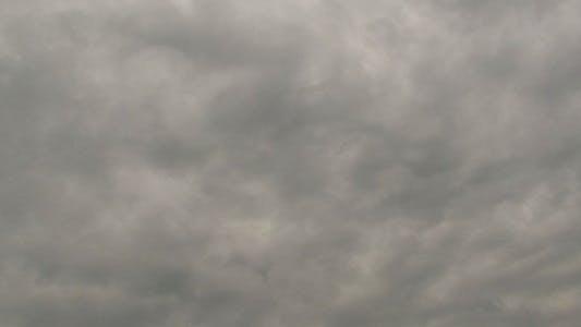 Thumbnail for Weiche Rauchige Herbstwolken Zeitraffer