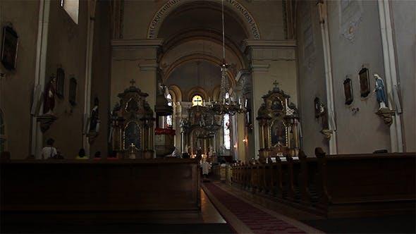 Thumbnail for Menschen in der katholischen Kirche