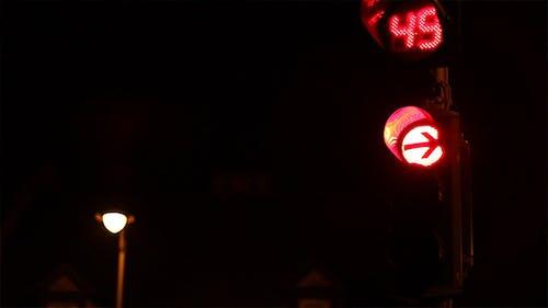 Turning Red Nighttime Semaphore