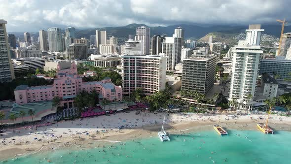 Flying Towards A Waikiki Beach Hotel 4 K