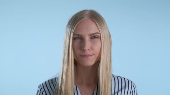 Thumbnail for Close-up of Beautiful Woman's Lips Closing Zipper