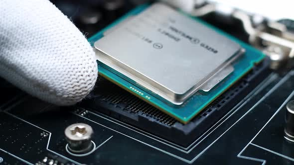 Installing a Processor On a Motherboard 07