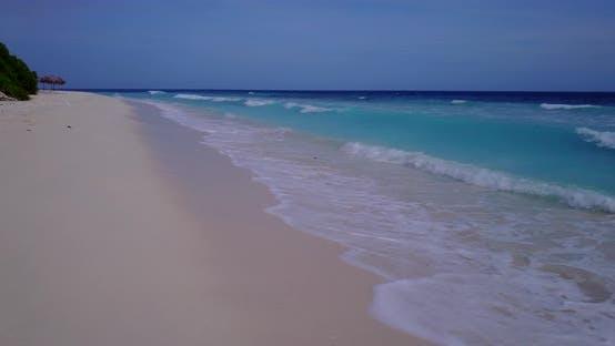 Plan abstrait naturel d'une plage de sable blanc paradisiaque et turquoise fond de mer en couleur