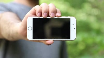 Show Mobile Phone Screen