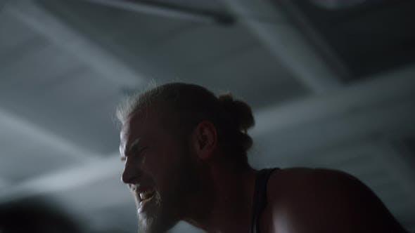 Bodybuilder Battling Ropes