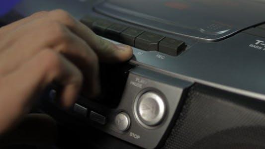 Thumbnail for Einfügen eines Audio bandes in den Player
