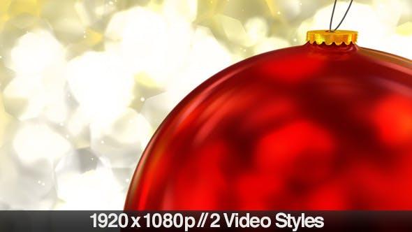 Hängende rote Weihnachtskugel Dekoration Closeup
