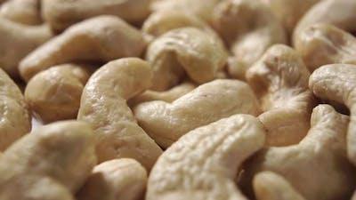Dried cashew nuts