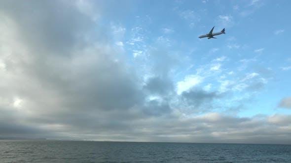 Plane on the Horizon