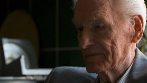 Porträt des alten Mann Ruhestand