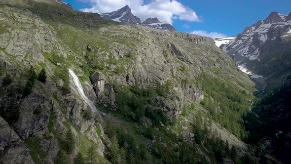 Thumbnail for Beautiful Waterfall in the Alps
