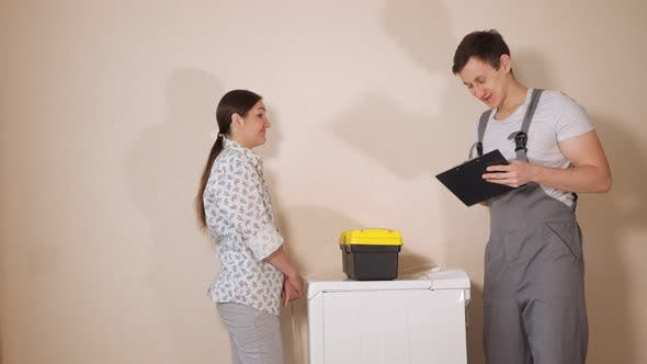 Serviceman Visits Housewife To Check Washing Machine in Room