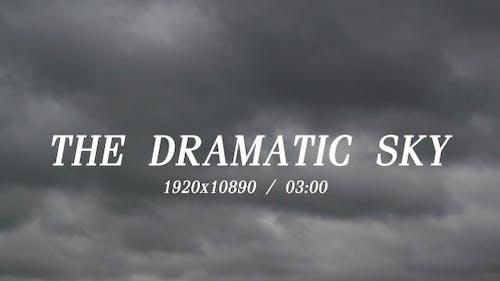 Der Dramatisch Himmel