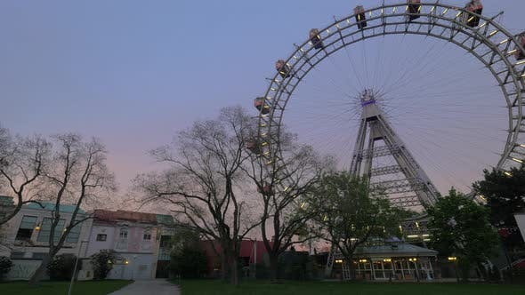 Cover Image for Giant Ferris Wheel in Vienna, Austria