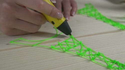 Practicing 3D doodling