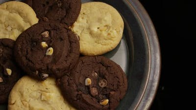 Cinematic, Rotating Shot of Cookies on a Plate - COOKIES