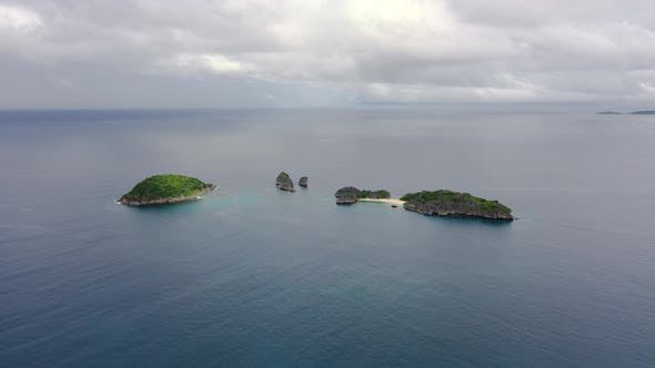 Cover Image for Caramoan Islands, Camarines Sur, Philippines.