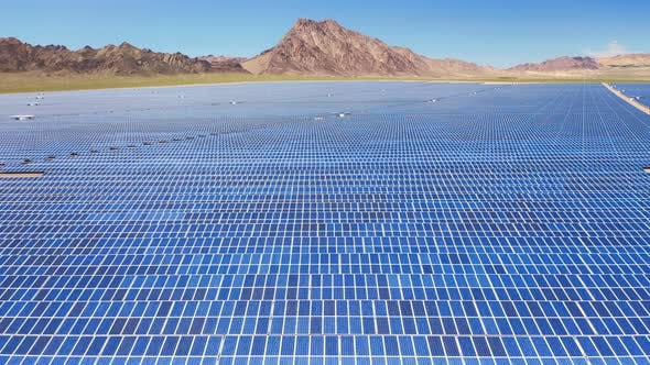 Thumbnail for Vast Solar Cell Farm Territory Under the sunlight The Development of Renewable Resources in USA