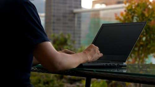 Man Creates Software Using Programming Language