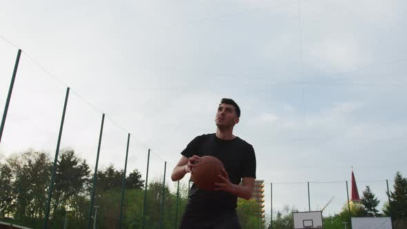 Basketball player scoring