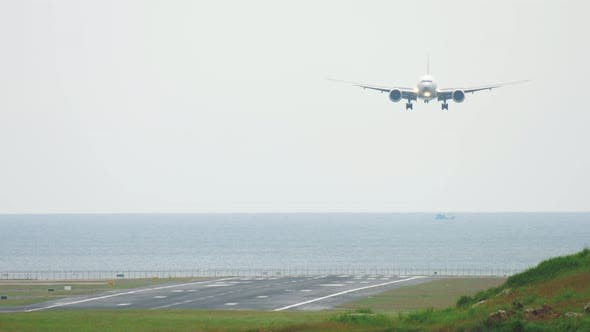 Thumbnail for Widebody Aircraft Landing